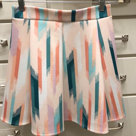Decree Dresses & Skirts - Decree Multi-colored Skater Skirt Sz. M